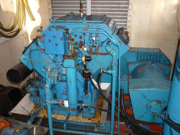A used Reveal VHP36 compressor